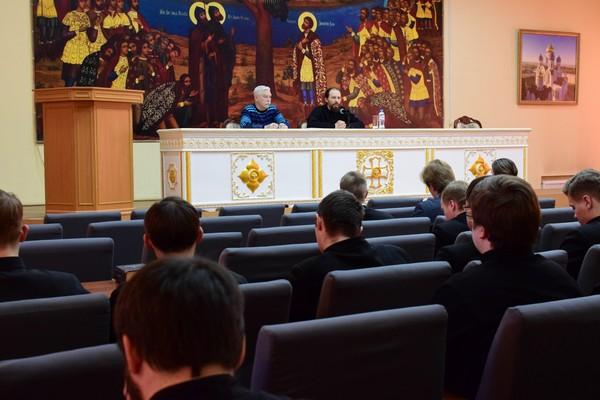 Помощник начальника УФСИН России по г. Москве по организации работы с верующими провел занятие со студентами Николо-Угрешской православной духовной семинарии
